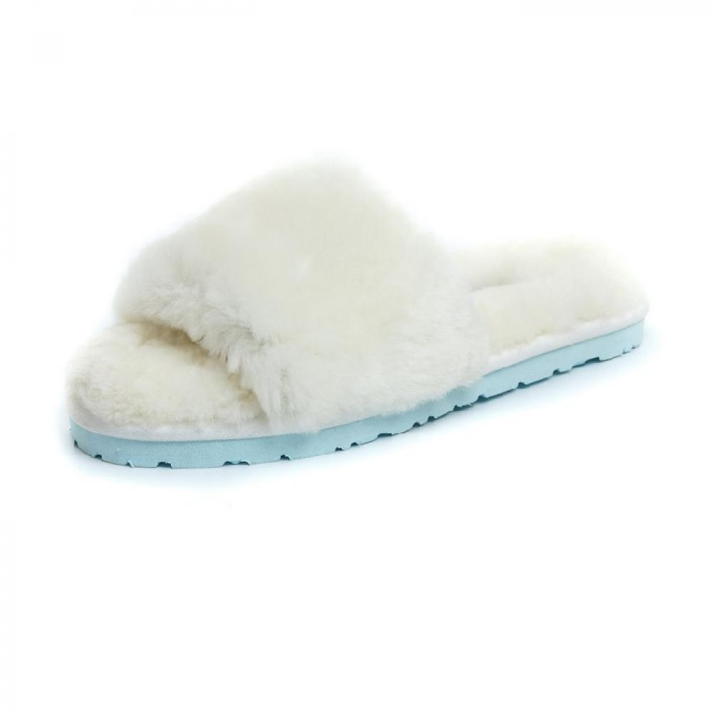 Ugg Fluff Slide Slippers Тапочки - image 3 of 5