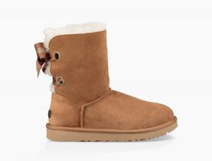 Customizable Bailey Bow Short Boot Угги - thumbnail image 0 of 6